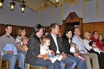 Kotěrova obřadní síň v J. Hradci byla v pátek dějištěm vítání nových občánků.