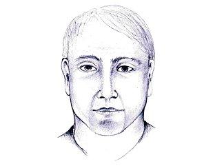 Policie zveřejnila portrét možného podvodníka, který v Dačicích  v Tyršově ulici 1. listopadu okradl seniorku. Nepoznáváte ho někdo? Tento portrét by měl být podle policie nejzdařilejší.