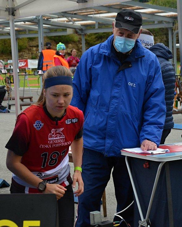 Letní biatlonisté ze Starého Města získali na MČR dorostu a dospělých v Letohradu celkem 11 medailí, z toho sedm zlatých.