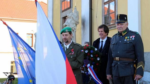 Vzpomínku na první světovou válku i na Křišťálovou noc uspořádali v Chlumu u Třeboně.