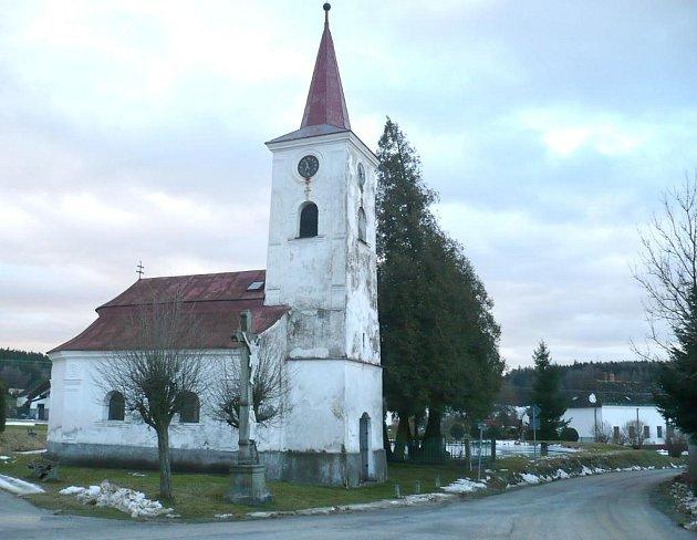 KAPLE V KAČLEHÁCH opět patří obci.