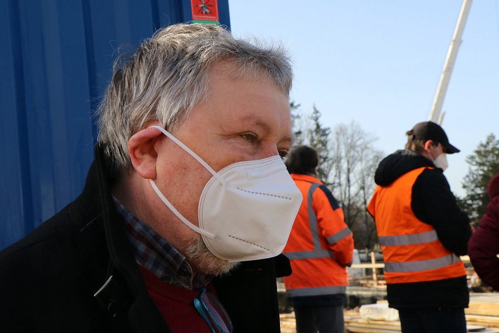 Výstavba venkovního wellnesscentra třeboňských Lázní Aurora.