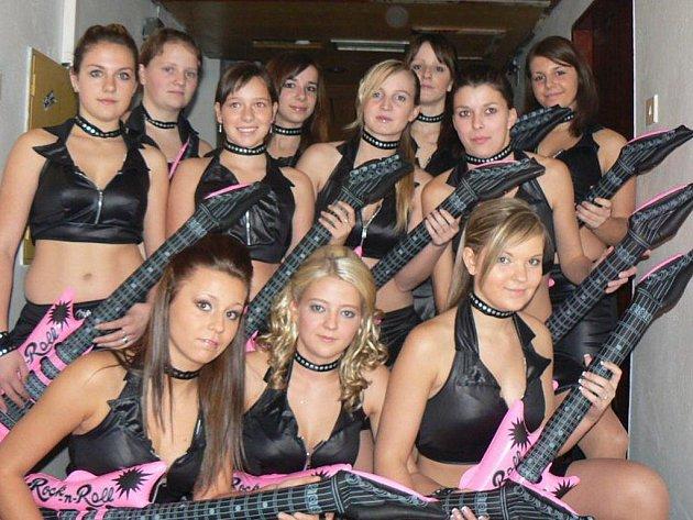 Jindřichohradecký Aerobik Team Lena - Rockerky (14 – 18 let).
