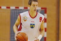 """Posilu na """"plný"""" úvazek získali v minulých dnech prvoligoví basketbalisté BK J. Hradec. Vladimír Sismilich měl podle původního plánu letos v dresu Jihočechů pouze hostovat, ale vzhledem k vyloučení BC Brno z Mattoni NBL se  nyní stal jeho kmenovým hráčem."""