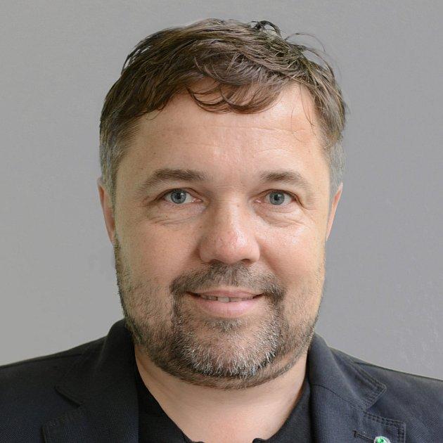 Milan Točík, Moravské zemské hnutí, Dačice
