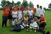 Asi před třemi roky založily ženy ve Sboru dobrovolných hasičů Slavonice své soutěžní družstvo a také v družstvu mužů došlo ke generační výměně.  Příští týden pořádají na vlastní půdě požární soutěž O pohár starosty  města Slavonice.