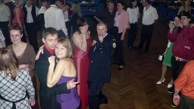 Čtvrtý hasičský ples v Českém Rudolci