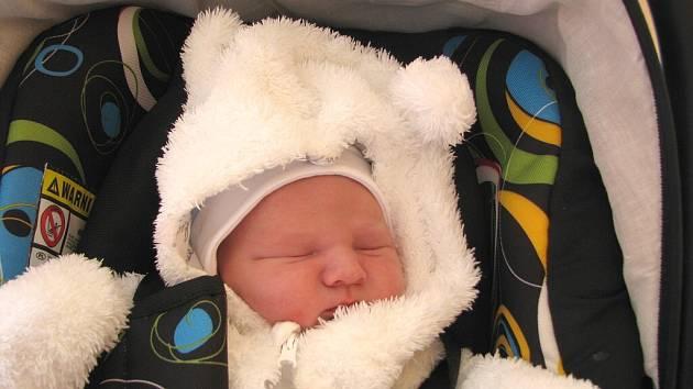 Sebastian Zemen z Lomnice nad Lužnicí se narodil 10. října 2013 Monice Vrábelové a Jiřímu Zemenovi. Vážil 3680 gramů a měřil 49 centimetrů.