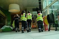 Situace po teroristickém útoku v Bruselu v hotelu Thon u zastávky Maelbeek, ve které došlo k explozi.