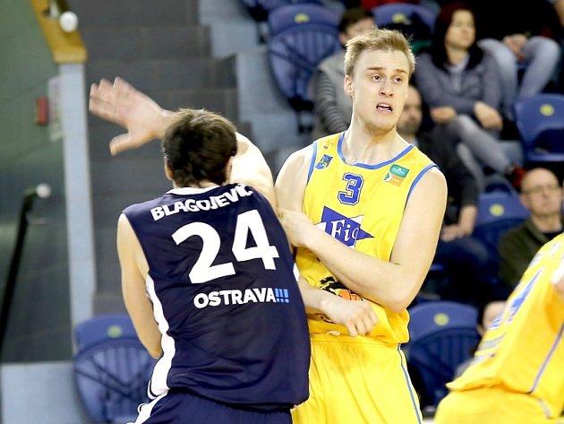 Hradečtí basketbalisté v Ostravě neuspěli.