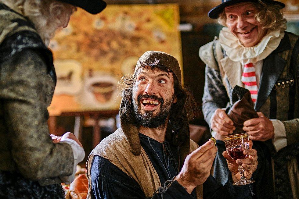 Tvůrci pohádky Tajemství staré bambitky 2 hlásí hotovo. Poslední klapka padla minulý týden na zámku v Jindřichově Hradci.