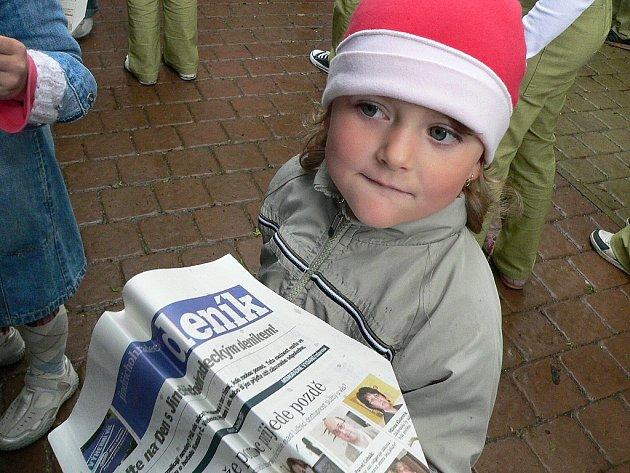 Den s Deníkem v Českých Velenicích oslovil i děti.