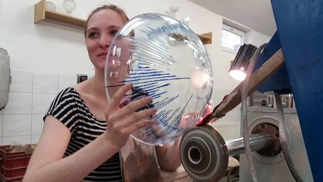 Cílem sklářského sympozia v Třeboni je podpora sklářské tradice na jihu Čech.