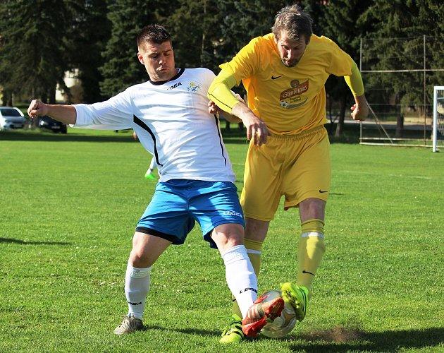 Fotbalisté Buku porazili v 17. kole okresního přeboru Staré Hobzí 2:0.