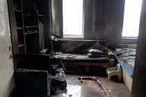 Úterní požár bytu na jindřichohradeckém sídlišti Vajgar.