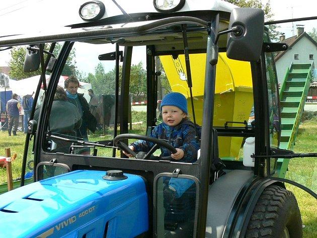 Traktoriáda 2013 v Kostelní Radouni.