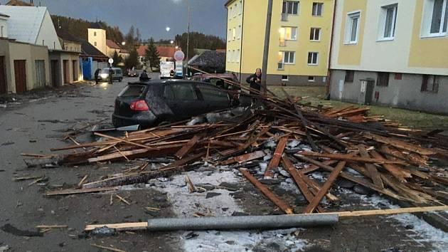 Bouře Sabine řádila ve Studené.