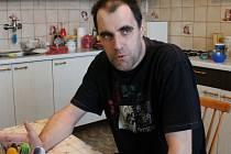 Miroslav Dobeš na utajovaném místě v rozhovoru pro Jindřichohradecký deník.