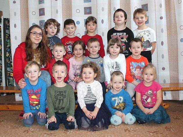 Třída B ze 2.mateřské školy vJáchymově ulici vJindřichově Hradci.