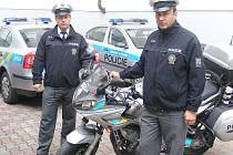 Představujeme dopravní policii - vedoucí dopravního inspektorátu Karel Kotil (vpravo) a jeho zástupce Milan urbanec.