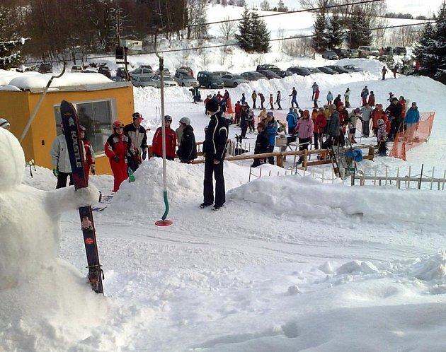 Lyžařský vlek Hradiště u Nové Bystřice.