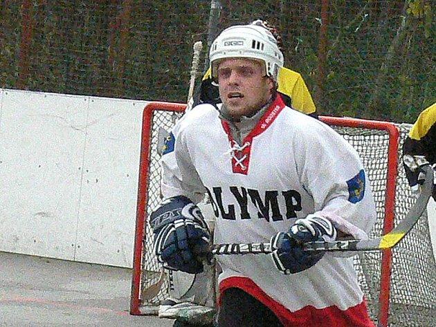 Útočník Jiří Plášil patřil v Městské lize k nejproduktivnějším hráčům.