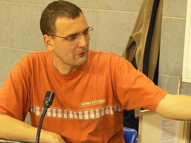 Předseda BK J. Hradec Libor Žižka může být s uplynulou sezonou právem spokojený. V té nadcházející hodlá vedení klubu rozšířit počet kmenových hráčů a přilákat do hlediště  ještě více diváků.