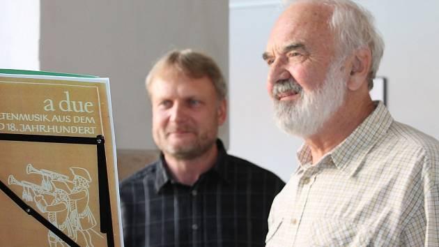 Zdeněk Svěrák zahájil výstavu Petr Hecht – Divadlo Járy Cimrmana a jiné fotografie v muzeu fotografie v Jindřichově Hradci.