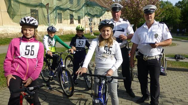 Snímky z oblastního kola dopravní soutěže základních škol v Třeboni.