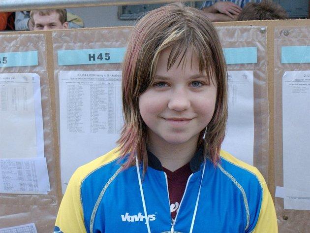 Orientační běžkyně Slovanu J. Hradec Jana Benešová obsadila na mistrovství Vysočiny na krátké trati 2. místo v kategorii do 16 let.