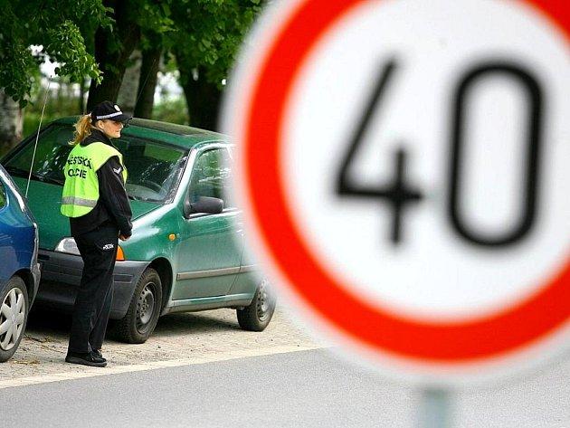 Některá kritická místa si vyžadují snížení rychlosti v obci i na 40 km/h