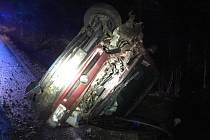 V sobotu v nočních hodinách došlo u obce Lodhéřov na Jindřichohradecku k dopravní nehodě, která si žádala zásah hasičů.