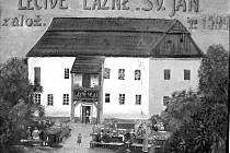 Obraz na snímku je malován na plechu a zachycuje starou lázeňskou budovu v 19. století. Lázně byly založeny roku 1599, tedy až po skončení vlády Rožmberků v Deštné.