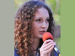 Vendula Nováková zpívá v X–TETU dva roky.