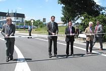 Slavnostní otevření průtahu v Českých Velenicích.