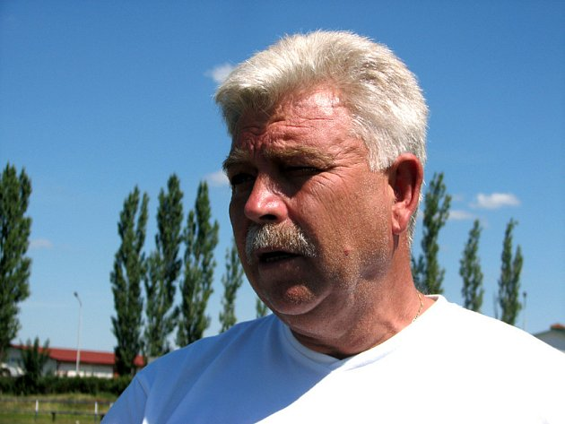 Ve tváři třeboňského trenéra Jana Marka po prahraném zápase s Jankovem příliš spokojenosti nebylo.