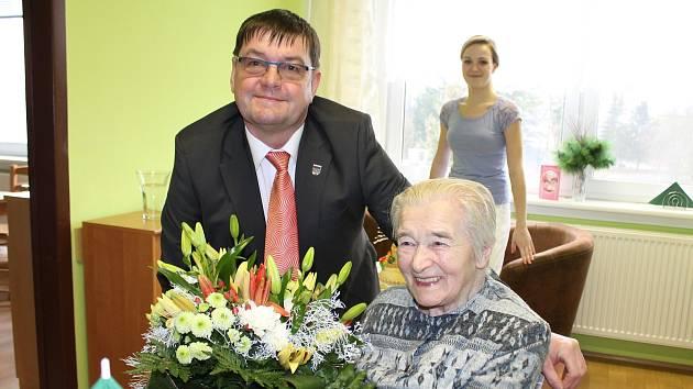 Anežka Struhadlová z Nové Bystřice oslavila 100. narozeniny 9. ledna 2018.
