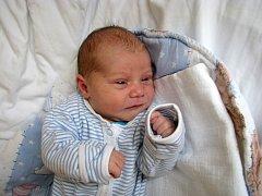 Jaromír Jurík  se narodil 27. června ve 13 hodin a 21 minut Olze a Jaromíru Juríkovým ze Žirovnice. Vážil 3330 gramů a měřil 47 centimetrů.