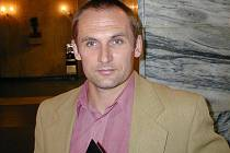 Jan Palaugari.