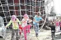 Den dětí v jindřichohradeckých kasárnách.