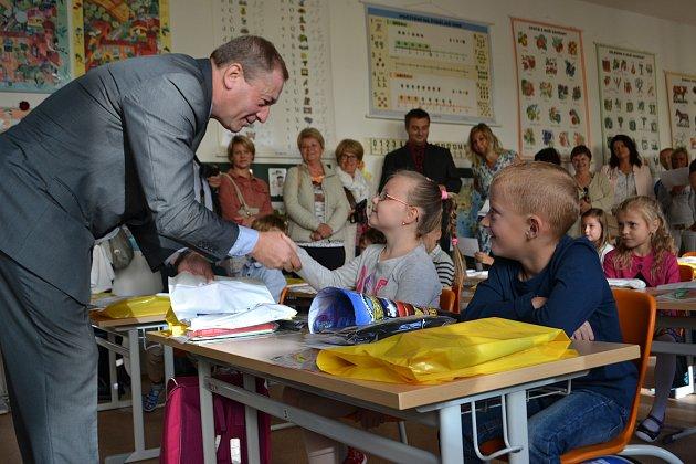 Do nového školního roku přivítal třeboňské prvňáčky místostarosta Josef Pindroch.