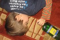 Alkohol a děti. Ilustrační foto.