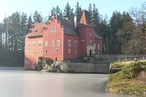 Vodní zámek Červená lhota