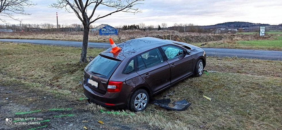 Tragická nehoda v Jindřichově Hradci na křižovatce pod Penny.