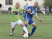 Momentka z divizního  zápasu Třeboň - Roudné (2:2).