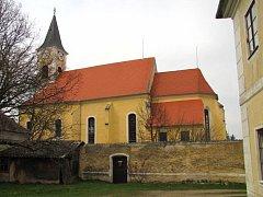 Kostel sv. Mikuláše v Suchdole nad Lužnicí.