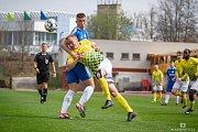 V 21. divizním kole si jindřichohradečtí fotbalisté na domácím trávníku poradili s Hořovickem, nad nímž zvítězili 3:1.