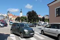 Problematická křižovatka na Palackého náměstí v Dačicích.