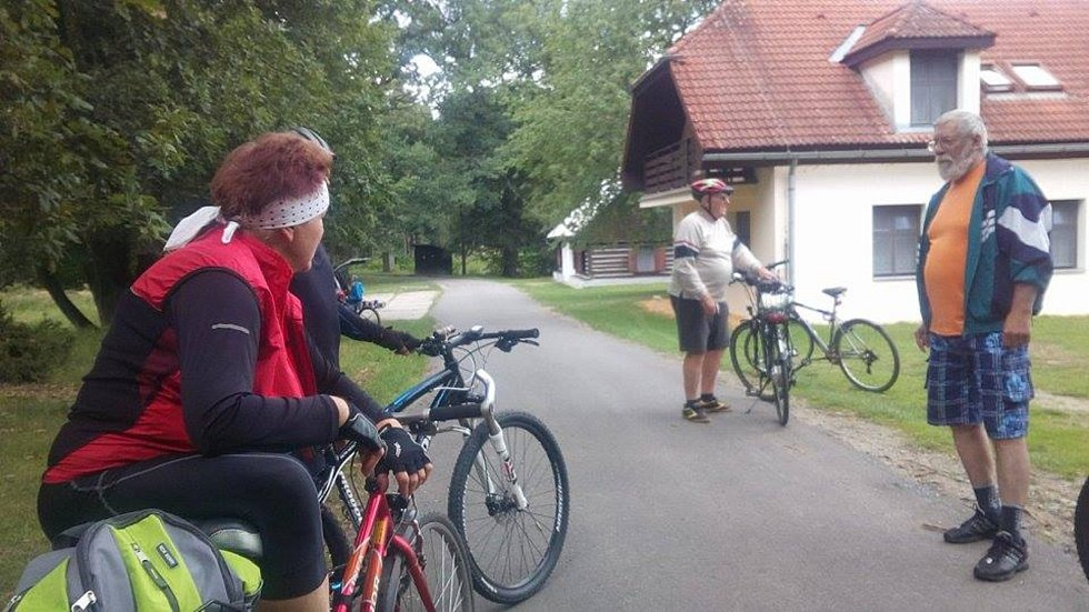 V sobotu byla slavnostně otevřená nová naučná cyklostezka z Kardašovy Řečice okolo rybníků.