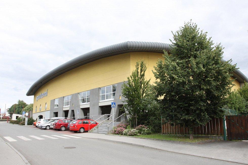Sportovní hala v Jindřichově Hradci.